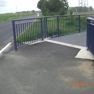 Hier wurde der Poller auf dem Radweg nach Sechtem entfernt.