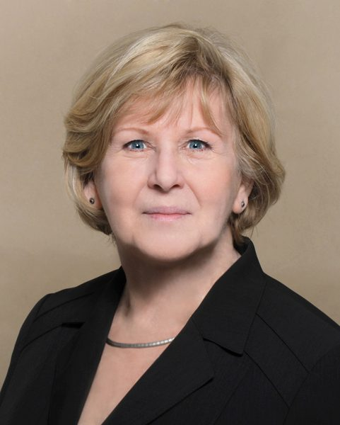 Ingrid Hoffmann - WK 13